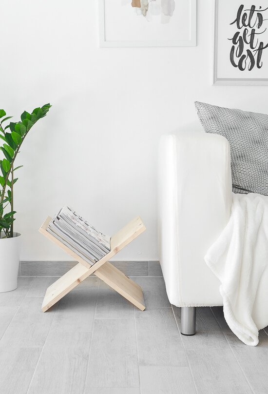 16 org tips - DIY-Wooden-Magazine-Holder-12